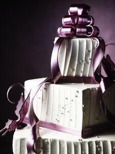 アート作品のようなドラマティックケーキ - Yahoo! BEAUTY