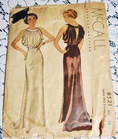 McCall 8521. 1930's Vintage Sewing Pattern. Keyhole back with loose top and figure skimming skirt. Belted. #vinsinn #1930svintage www.vinsinn.com: