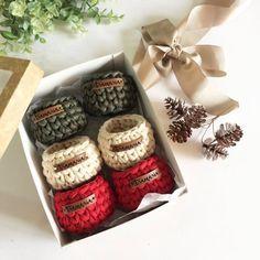 Пряжа Spagetti ® Спагетти Crochet Home, Crochet Gifts, Crochet Baby, Knit Crochet, Diy Crochet Basket, Crochet Basket Pattern, Crochet Motifs, Crochet Stitches, Crochet Patterns