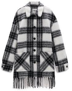 Яг одоо таны шүүгээнд байх ёстой хувцас: Дөрвөлжин хээтэй ноосон загварууд | Buro 24/7 Must Have Items, Must Haves, Fur Coat, African, Plaid, Sweaters, How To Wear, Fashion, Gingham