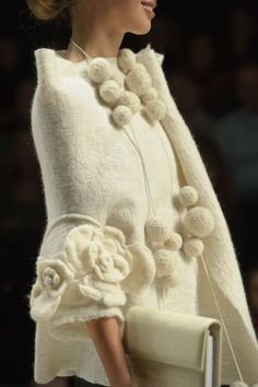 http://www.pinterest.com/hatannous/fashion-accessories/ Winter white....gorgeous jacket !
