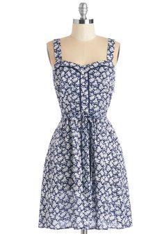 Lead the Pack Dress in Floral | Mod Retro Vintage Dresses | ModCloth.com