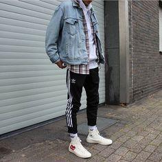 "2,293 Me gusta, 19 comentarios - #SimpleFits (@simple.fits) en Instagram: ""⠀ #SimpleFits @choninlu ⠀ ▪️ #Levis #Jacket ▪️ #CA #Flannel ▪️ #Adidas #Joggers ▪️ #Coverse x…"""