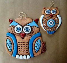 Clay Owl, Clay Birds, Ceramic Cafe, Ceramic Owl, Ceramic Pottery, Polymer Clay Ornaments, Polymer Clay Crafts, Polymer Clay Jewelry, Clay Wall Art