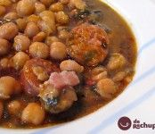 Potaje de Garbanzos con Espinaca (Chickpea and Spinach Soup) Cuban Dishes, Spanish Dishes, Spanish Food, Mexican Food Recipes, Soup Recipes, Cooking Recipes, Ethnic Recipes, Vegetarian Side Dishes, Vegetarian Recipes