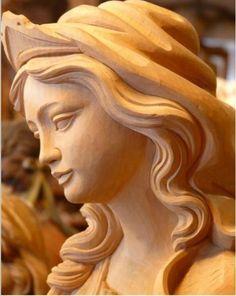 wood sculpture Plus