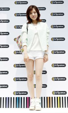 Sunny Lee Soonkyu of Girls' Generation #SNSD at LeSportsac pop up store