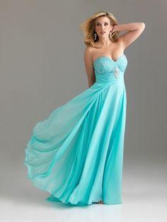 Vestidos de Fiesta 2012. Coleccion Plus Sized de Night Moves by Allure.