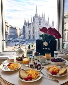 breakfast view / yummy / Milan