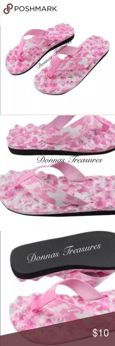 ✝️Women's Pink Camo Massaging Flip Flops These flip flops are made EVA rubber. They're resistant to cracking & UV damage. The straps are water resistant heavy duty cloth. The bottoms are waffled to keep your feet cool & comfortable while gently massaging them with each step. The tread on the soles is rippled to give you traction. #0896/2 Shoes Sandals