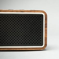 XGsqrSDQ88_apollo_bluetooth_speaker-zebra_4_original.jpg (520×520)