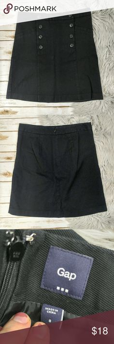 """GAP Black A Line Skirt With Buttons GAP Black A Line Skirt Materials: Cotton/Rayon Size: 8 Measurements Taken Flat: Waist: 16"""" Length: 20"""" Pockets are still stitched shut. GAP Skirts A-Line or Full"""