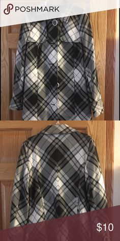 Women's trench coat Black and white plaid. No belt. Axcess by Liz Claiborne Axcess Jackets & Coats Trench Coats