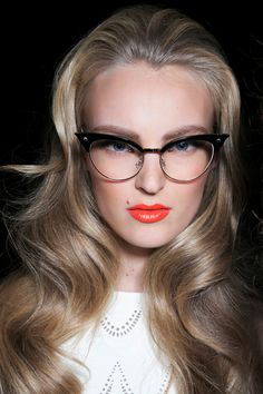 """Wearing Makeup With Glasses: 6 Areas to FocusOn 