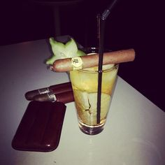 #Trinidad and a Caramel Crumble cocktail .... Yummy