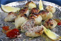 Libanonilaistyyliset täytetyt keltasipulit. #food #recipe #onion #fall #syksy #sipuli #resepti Sprouts, Vegetables, Food, Essen, Vegetable Recipes, Meals, Yemek, Veggies, Eten