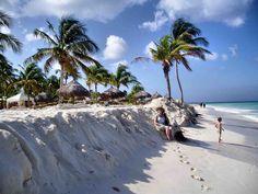 Paraíso em Aruba,  território autônomo neerlandês do Caribe,  integrante do Reino dos Países Baixos.  Fotografia: Ken Hircock no Flickr.
