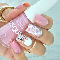 Pink and white floral nailart #nailart @Jenniferw