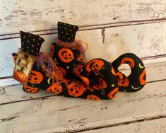 Whimsical Pumpkin Bats Fabric Halloween Witch Shoes Boots ~ Halloween Green Black Witch Shoes ~ Witch Halloween Shelf Table Mantel Decor Halloween Items, Halloween Signs, Halloween Party Decor, Vintage Halloween, Halloween Pumpkins, Primitive Christmas, Christmas Elf, Hanging Bat, Witch Boots