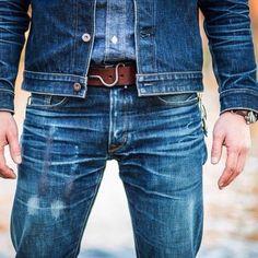 denim on denim. No longer a sin Raw Denim, Blue Denim, Denim Jeans, Estilo Jeans, Style Masculin, Japanese Denim, Double Denim, Love Jeans, Vintage Denim