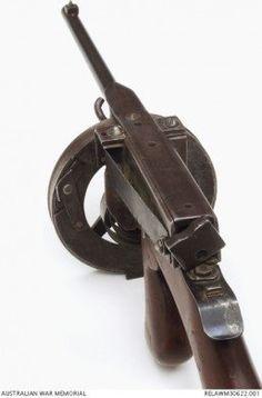 Evelyn Owen's homebuilt .22 SMG - The Firearm Blog
