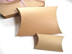 source:Kraft pillow boxes (for flash drives)