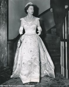 Queen Elizabeth in Williamsburg by romanbenedikhanson DATE:October 16 1957 D:Queen Elizabeth attends dinner at the historical old Williamsburg Inn,USA /original photo Hm The Queen, Royal Queen, Her Majesty The Queen, Queen Mary, Princess Elizabeth, Princess Margaret, Queen Elizabeth Ii, Princess Diana, Duchess Of York