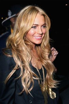 Lindsay Lohan Hair, Lindsay Lohan Style, Mean Girls, Strawberry Blonde, Hollywood Celebrities, Beautiful Actresses, Her Hair, Hair Inspiration, Gorgeous Women