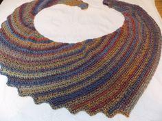 37 ideas crochet facile francais chale for 2019 Poncho Au Crochet, Crochet Dress Girl, Crochet Summer Dresses, Crochet Shawls And Wraps, Crochet Scarves, Crochet Yarn, Crochet Clothes, Boys Sewing Patterns, Crochet Keychain