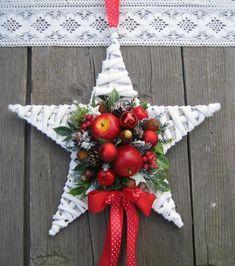 Handmade Christmas Crafts, Felt Christmas Ornaments, Christmas Star, Merry Christmas And Happy New Year, Xmas Crafts, Christmas Holidays, Christmas Fireplace, Xmas Wreaths, Christmas Flowers