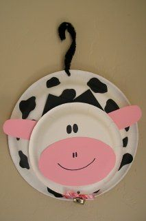 Adorable cow craft for kids! A great activity for a farm unit!