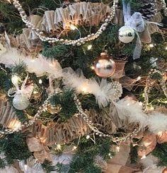 DIY: Burlap and Lace Christmas Tree Skirt. Love the tulle garland. Lace Christmas Tree, Rustic Christmas Crafts, Christmas Love, Country Christmas, Vintage Christmas, Christmas Holidays, Christmas Wreaths, Christmas Decorations, Christmas Ornaments