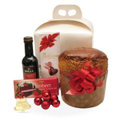 Raspberry este un cadou deosebit cu vin, panettone, praline si ciocolata.