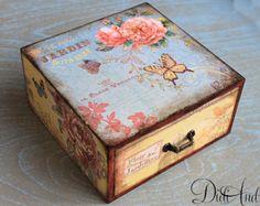 Cottage Chic jewelry drawer decoupage drawer shabby por ArtDidi