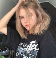 Long Bob Hairstyles, Hairstyles With Bangs, Pretty Hairstyles, Hairstyle Ideas, Hairstyle Short, Short Haircuts, Natural Hairstyles, Hair Ideas, Medium Hair Styles