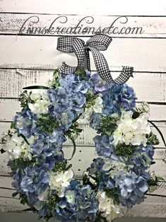 Spring Wreath, Spring Hydrangeas Wreath, Blue Hydrangeas, Spring Door Wreath, Spring/Summer Wreath for Front Door, Summer Door Wreath, Spring/Summer Decor, Front Door Wreath, Decorative Wreath, Home Decor, Handmade Wreath