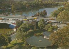 Princes Gate Fountain and Princes Bridge, Melbourne,