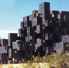 Kafka Castle por Arq Ricardo Bofill, Barcelona España