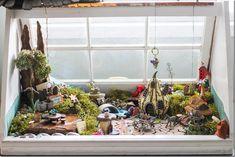 DIY Fairy Garden using old windows clay fairi, diy fairi, fairies, fairi garden, little gardens, mini garden, diy fairy gardens, diy old windows garden, garden windows
