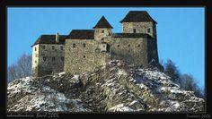 Starhrad Castle Strecno Virtual reconstrukcion. Manor Houses, Cathedrals, Homeland, Castles, History, Building, Beauty, Historia, Chateaus