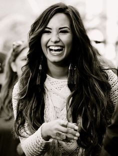 Demi Lovato This is a cute picture and she is very beautiful.