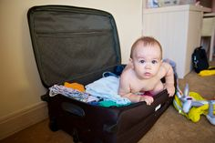 10 things you need for your baby travel bag