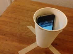The Best (Free) DIY Smartphone Volume Boosters. Paper cup and roll of paper, then ceramic cup, then the rest. Party Speakers, Diy Speakers, Portable Speakers, College Life Hacks, College Fun, Dorm Life, Homemade Speakers, Phone Sounds, Cup Phones