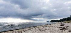 Südstrand von Göhren - Blick auf den Lotsenberg Thiessow © Frank Koebsch Baltic Sea, Strand, The Good Place, Beach, Places, Water, Outdoor, Rostock, Island