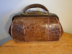 Antique Genuine Alligator Doctor Satchel Bag GUMP TRUNK CO KCMO Brass Hardware…