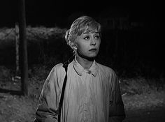 """Protagonista del film """"Le notti di Cabiria"""" 1957 è Giulietta Masina, che interpreta Cabiria, una prostituta romana."""