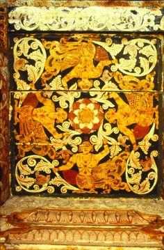 arjuna-vallabha: Kinnaras at temple ceiling, Sri Lanka