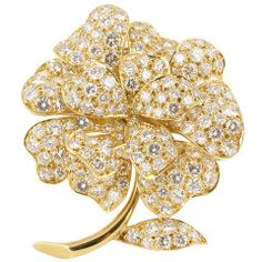 Van Cleef & Arpels Mid-20th Century Diamond Gold Flower Brooch