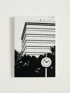 掛け時計「ビルの見える公園」