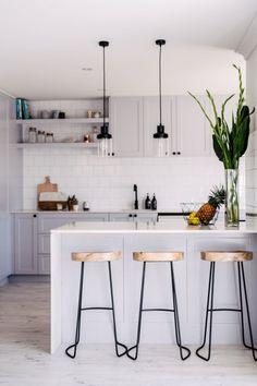 Gorgeous Small Kitchen Design Ideas 22